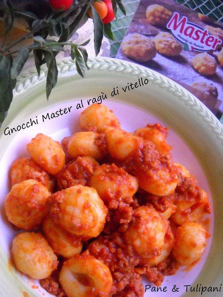 Gnocchi Master al ragù di vitello Gustosi e particolari gnocchi. Volete provarli? http://blog.cookaround.com/vincenzina52/gnocchi-master-al-ragu-di-vitello/
