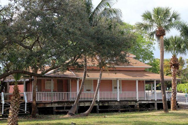 20130206_20 USA FL West Palm Beach Rosemary Avenue   Flickr - Photo Sharing!