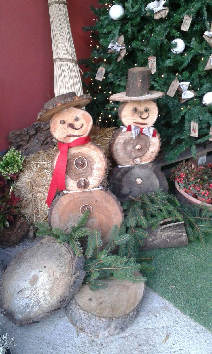 Pupazzi di neve in legno. LUI E LEI