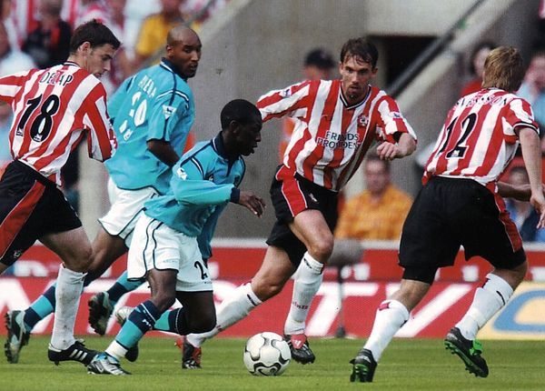 Southampton 2 Man City 0 in Oct 2002 at St Mary's. Shaun Wright-Phillips goes on a mazy run #Prem