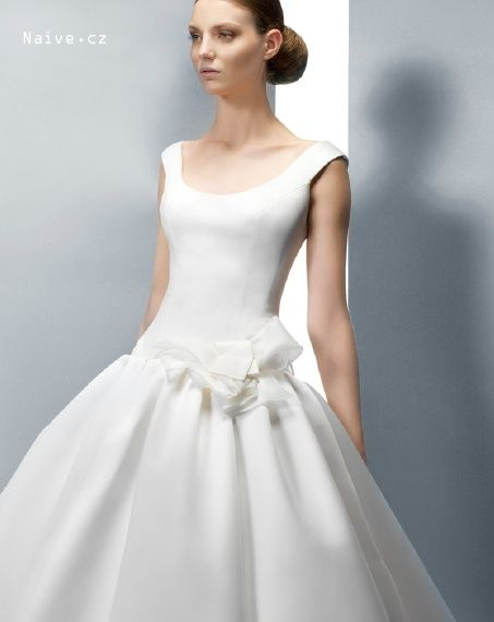 JESUS PEIRO svatební šaty, model 2039 (Praha,Bratislava