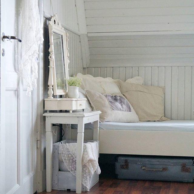 Shabby and Charme: Shabby e vintage style per una bella casa svedese