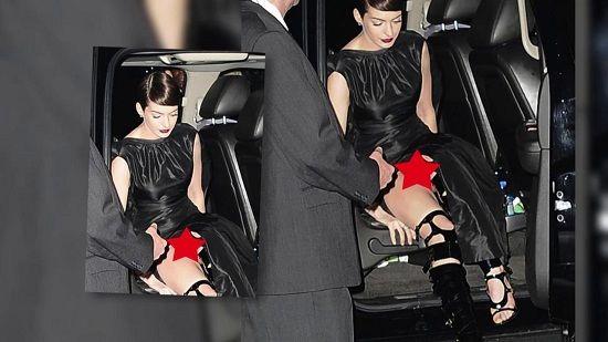 Wardrobe Malfunctions Hathaway Anne Hathaway -...