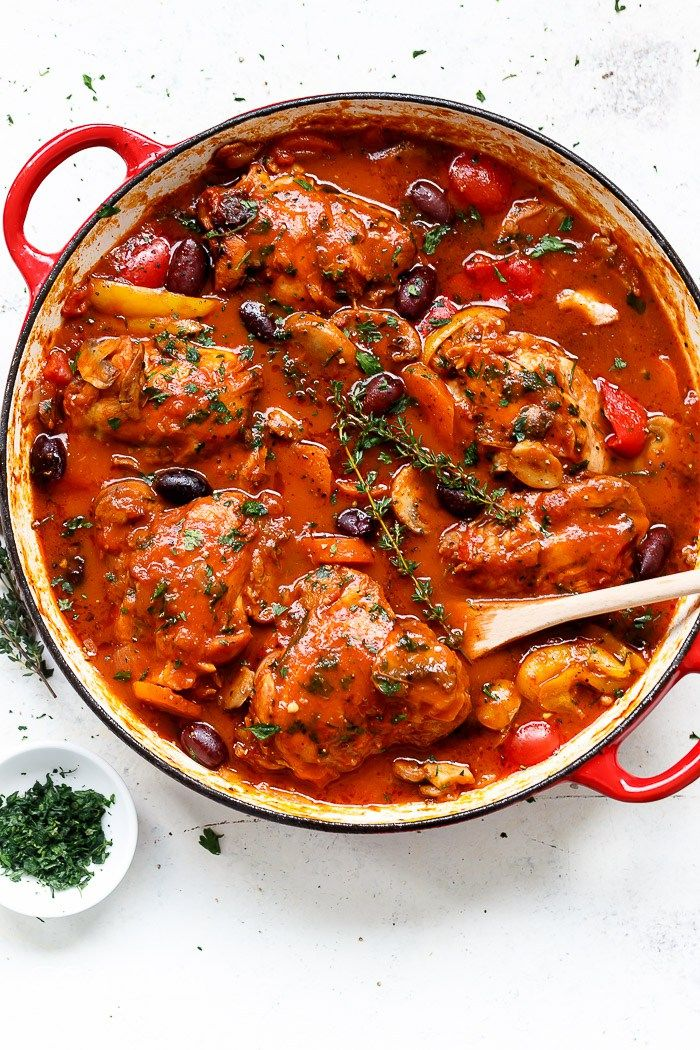 Slow Cooked Chicken Cacciatore by by cafedelites #Chicken_Cacciatore #Slow_Cooker