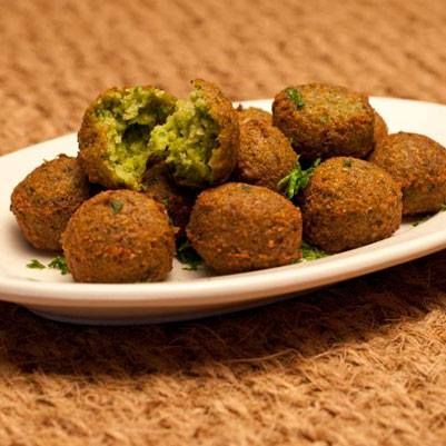 21 best syrian cuisine images on pinterest kitchens arabic food these small crispy balls also known as falafel are one of the most widely forumfinder Images