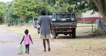 Remote community closures 'will lead to rise in Indigenous mental health problems' - ABC News (Australian Broadcasting Corporation)