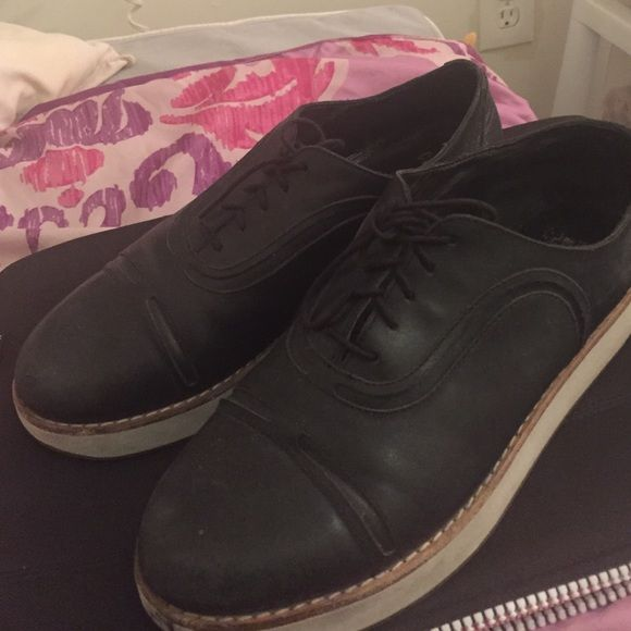Camper Women's Flatform Oxford Shoes Camper shoes: completely sold out, super comfortable, worn but still nice Camper Shoes Flats & Loafers
