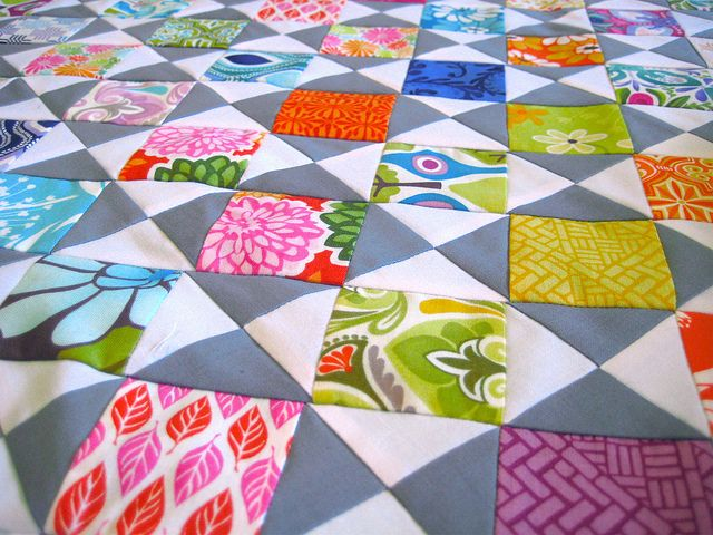 Mini Juicy - mini version of Juicy quilt in Modern Quilts from the Blogging Universe by Happy Zombie, via Flickr--charm packs