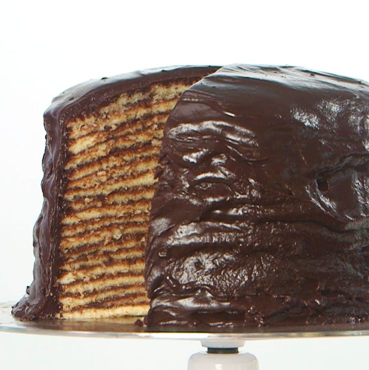 This 18-Layer Chocolate Cake Has A Rich Southern History