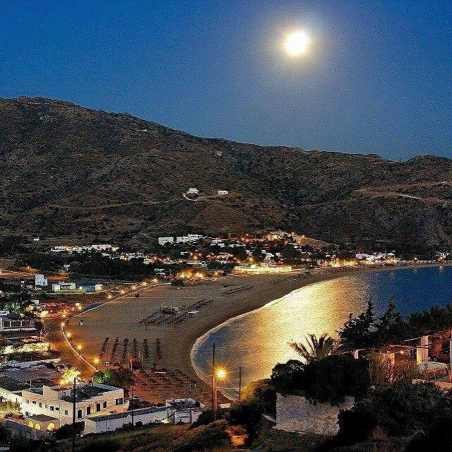 Perfect Full moon night at Mylopotas beach , in Ios island (Ίος) . Something magical is in the air ... !