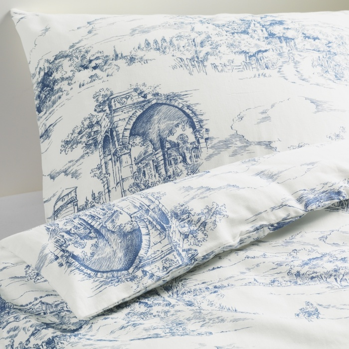 Freshen up your bed for the season with the EMMIE LAND duvet. absolutely LOVE this european style bedding