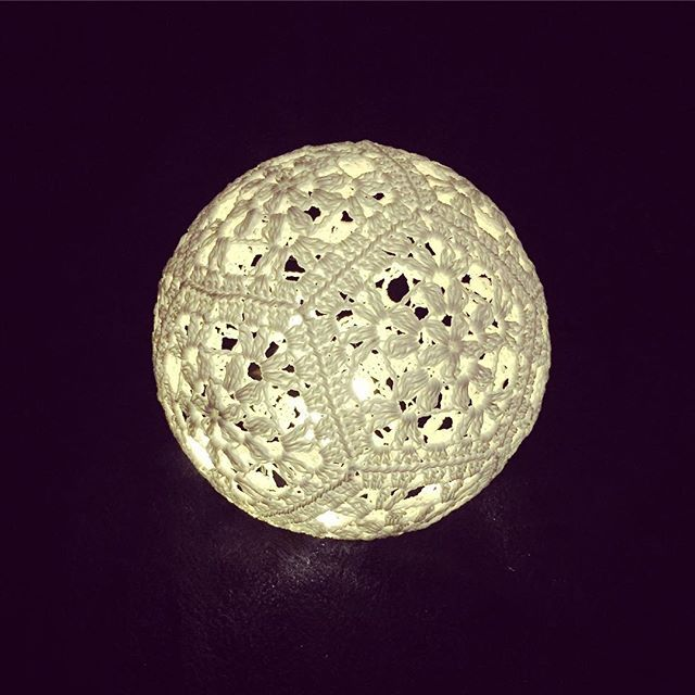 Crochet a light ball ⚽️ Pattern is now available in my blog Happy crafting