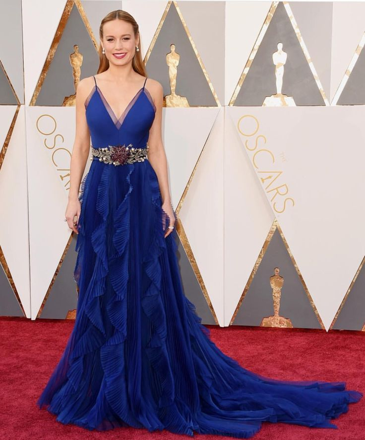 Galerry party dress royal blue