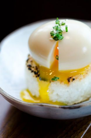 Soft Boiled Egg on Rice Cake by food.com #Egg #Rice #Onigiri_Yaki