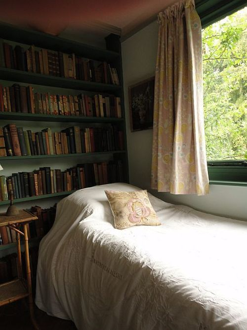 Oh, how I'd love to fall asleep reading here. (Monk's House)