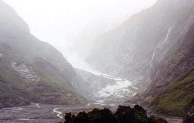 This is the Franz Josef Glacier -- again, the bare area was covered by ice a generation ago.