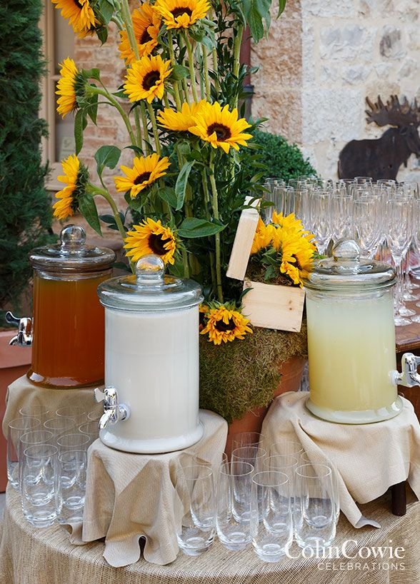 not a problem set yourself up for success by serving drinks in large chilled beverage buffet setbuffet ideasbuffet tablesoutdoor