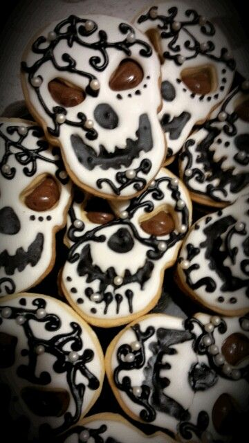 Biscotti decorati con glassa di zucchero