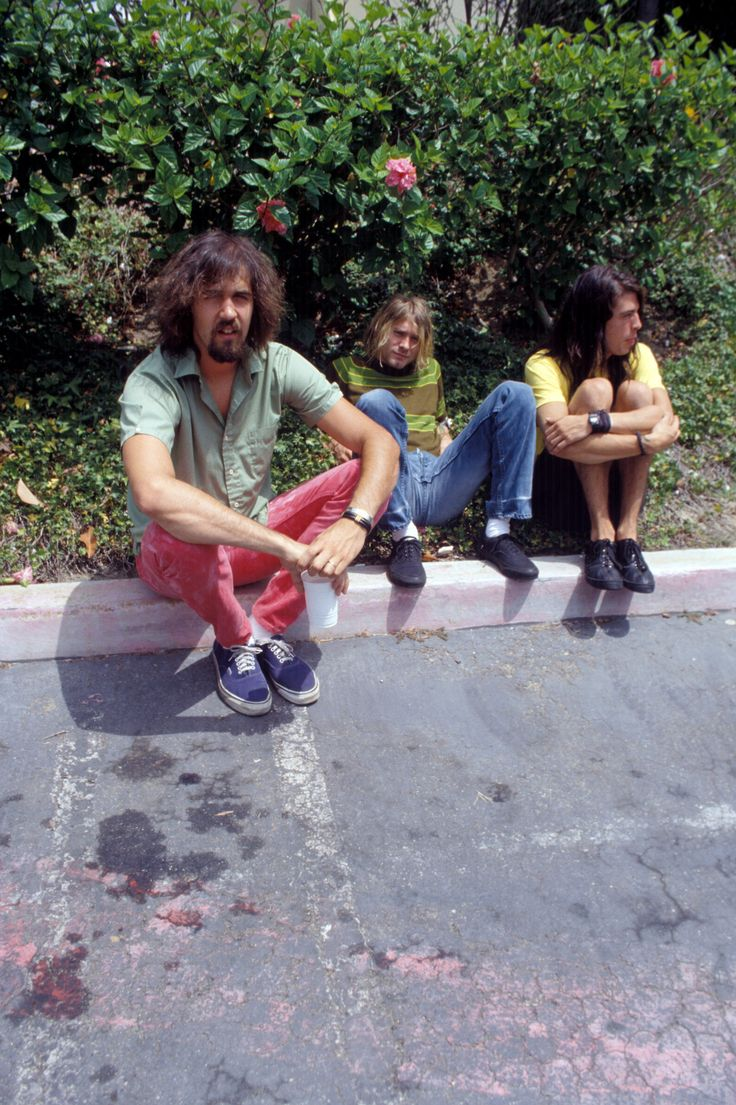 NIRVANA -  Kurt Cobain, Dave Grohl, Krist Novoselic,