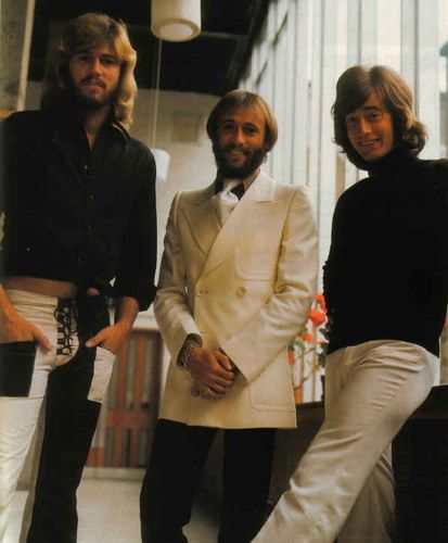 Bee Gees - Photo posted by bouzibouzou - Bee Gees - Fan club album -