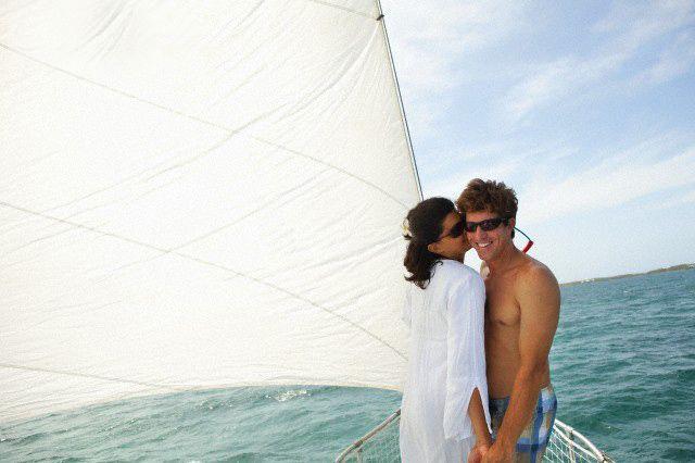 Boat Kiss @ www.wikilove.com/Boat_Kiss
