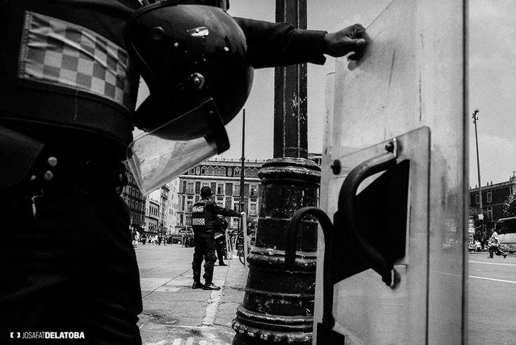 Policemans #josafatdelatoba #cabophotographer #landscapephotography #cdmx #mexico #blackandwhite