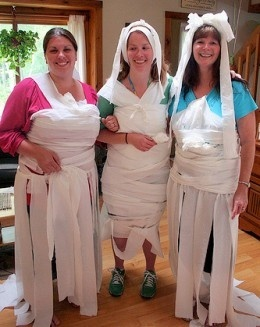 #bridal #shower #game ideas. make a wedding dress out of toilet paper lol so fun! best one wins
