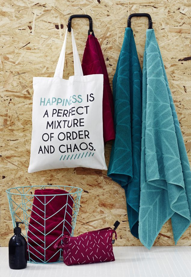 Muovo for SOK, the Onni collection: tote bag, towels, wire basket & pouch.  www.muovo.fi