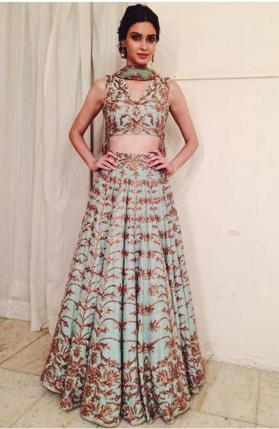 Diana Penty looks amazing in this pale lehenga with the bronze embroidery. Buy Now at https://www.estrolo.com/whatstrending/cat/celeb-style/  #DianaPenty #Lehenga #CelebStyle #EstroloFashion