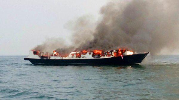 Kapal Zahro Express Terbakar di Perairan Muara Angke | edupublik