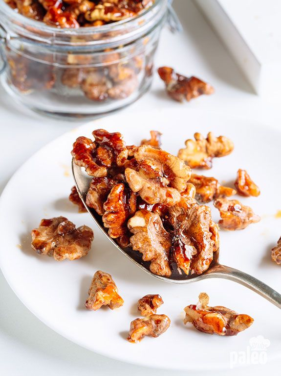 Cinnamon Roasted Walnuts are the perfect snack to-go or a treat for when guests pop by. 1 cup raw walnut halves 1 tsp ground cinnamon 3 tbsp Paleo-friendly raw honey pinch of salt