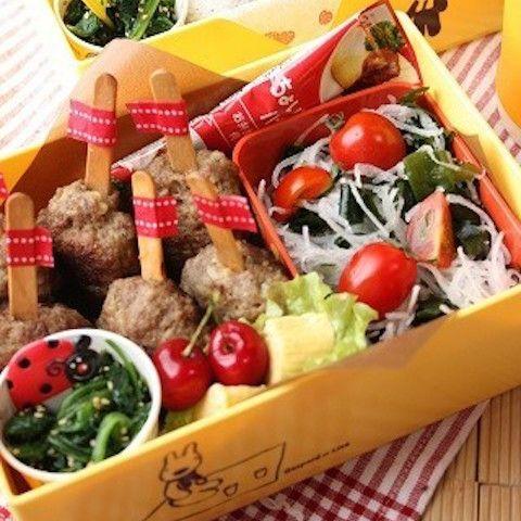 【100均グッズで◎】お弁当に「棒付きハンバーグ」が可愛くって食べやすい!