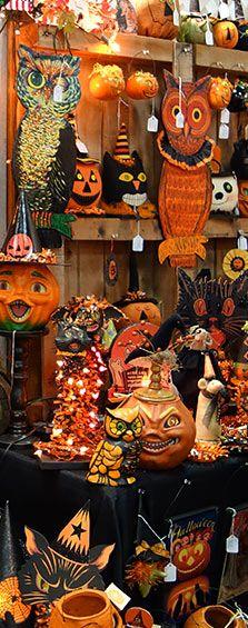 Seasons Gone by has so many wonderful halloween vintage designs!