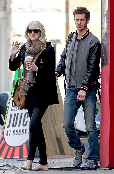 Coffee Lovers Emma Stone and boyfriend Andrew Garfield grabbed breakfast in NYCs Tribeca nabe April 2.