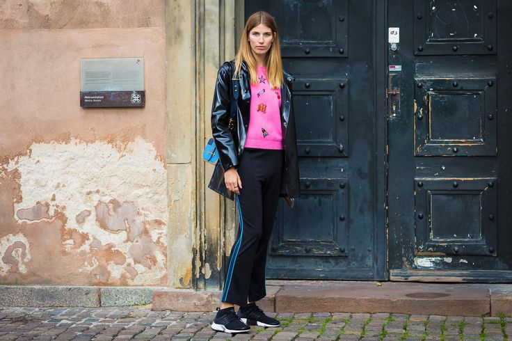 The Danish Street Style Fall Trend patent leather \Copenhagen Fashion Week Aug 2016 \ лакированная кожа