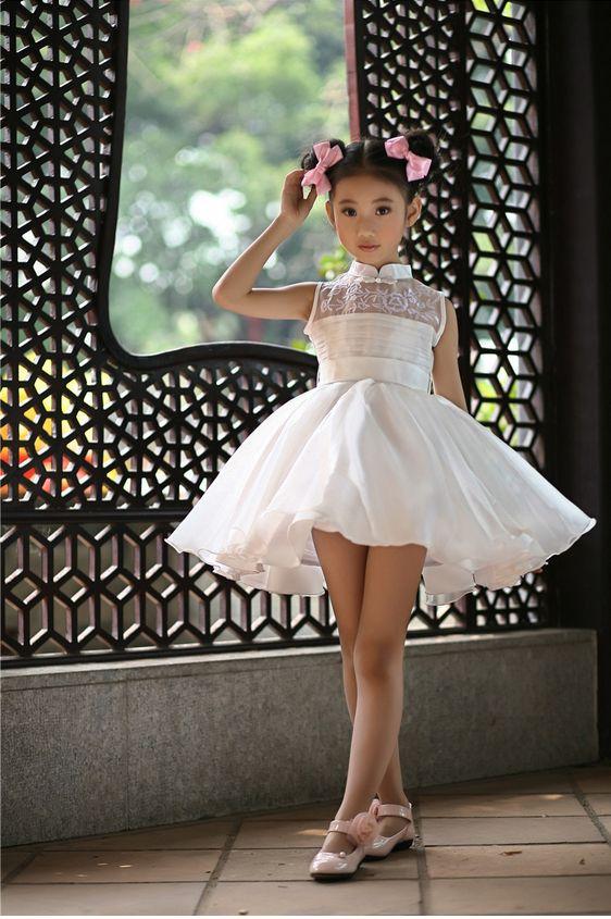 New Arrival Children Summer White Dress Wedding Dress Kids Girls Tutu Dresses Girls Performances Cheongsam Clothes
