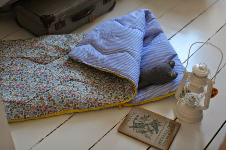 junkaholique: making a toddler sleeping bag (and other stories)