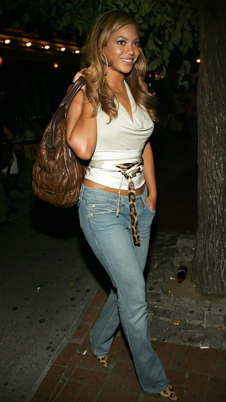 Beyonce Looking Stunning Wearing Casual Chic Fashion Police The Best Of Celebrity Style And