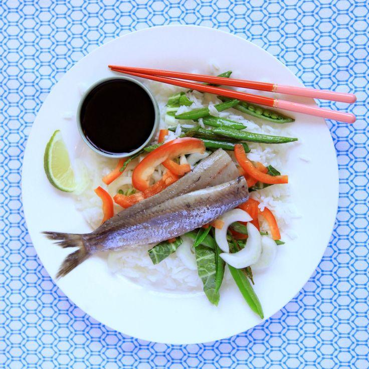 Hollandse nieuwe Japanse salade * Dutch 'haring' in a Japanese salad - Kijk voor het recept op LiefdevoorLekkers.