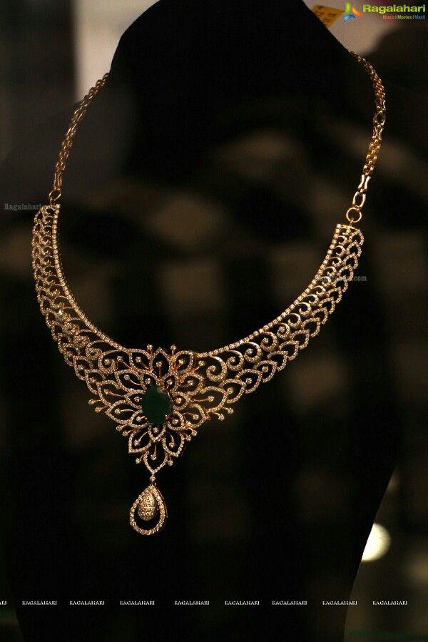 Diamond and Emerald necklace www.kristoffjewelers.com #diamonds #emeralds #necklace