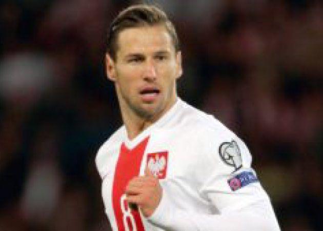 Sevillas Grzegorz Krychowiak set for 40m move to PSG [Marca]
