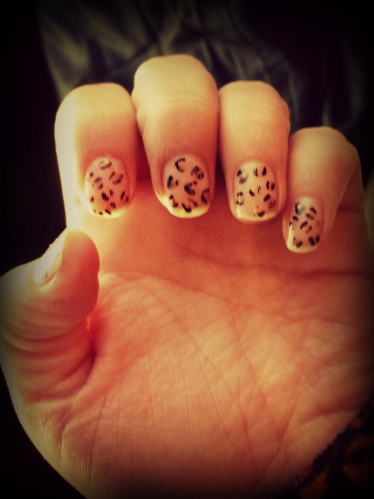 Uñas Leopardo  by. Alecita!