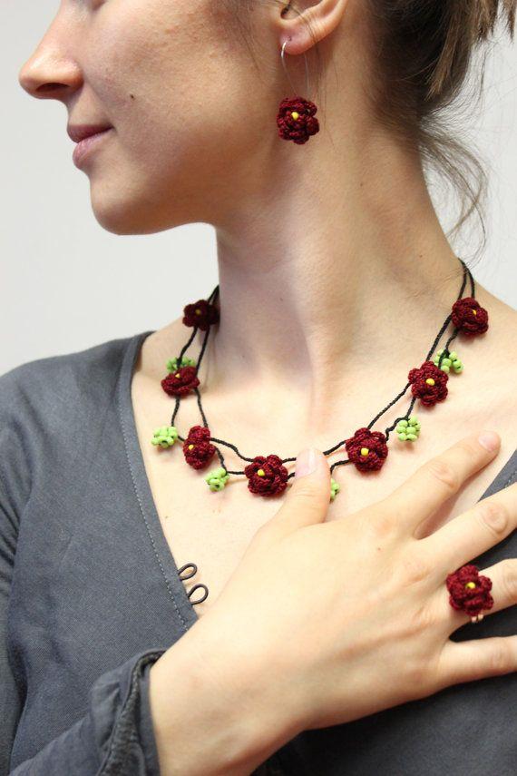 Red Crochet Jewelry Set  Flower jewelry Necklace / by YosiPet