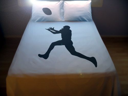 Football DUVET COVER and 2 PILLOWCASES field goal kicker player rugby superbowl ball game sport. $140.00, via Etsy.