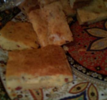 Kaascake. Een heerlijk recept die ik van me moeder heb gehad, het is ook lekker om er kleine stukjes Turkse worst door te doen.