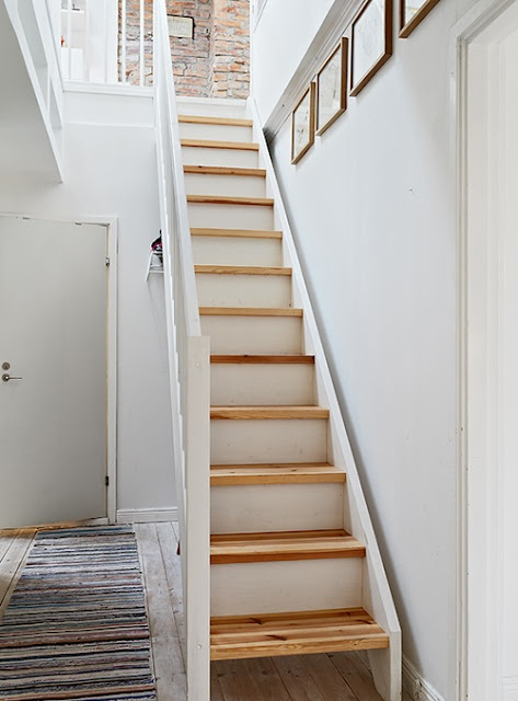 Basement Stair Ideas For Small Spaces: White Slash Narrow Wood Treads