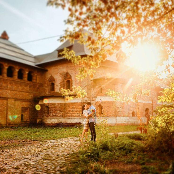 Сергей и Марина. Вечер - отличное время для фотосессии. Золотой час!
