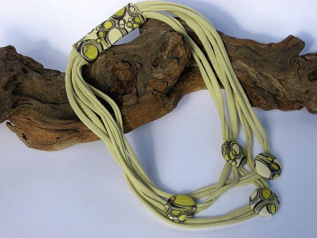 collana -collier di tessuto maglia, giallo senape mustard : Collane di janecolori