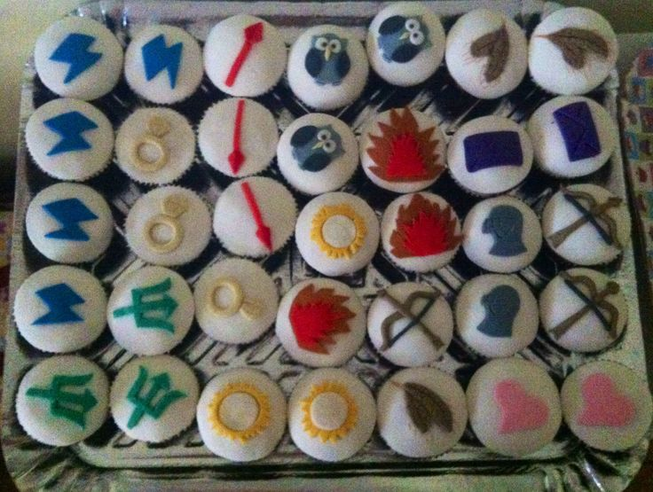 Percy Jackson - Half blood camp Cupcakes   Party time