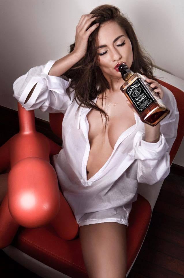 Concernant le buzz de la bouteille de Jack Daniels